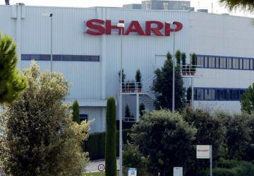 Els treballadors de Sharp intentaran reduir al màxim els acomiadaments