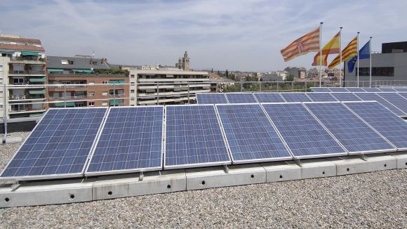 Sant Cugat rebutja el decret que grava l'autoconsum energètic
