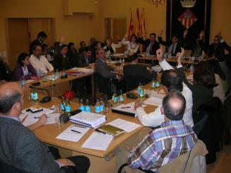 PSC i ICV-EA s'abstenen en la votació