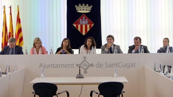 Alguns dels membres de l'equip de govern durant un ple / Foto: Lluís Llebot