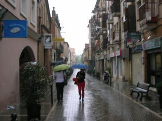 La pluja desborda el col·lector d'aigües de Manel Farrés