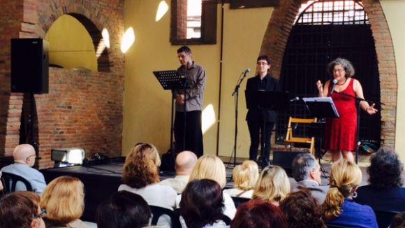 Cinta Massip, Victor Obviols i Montserrat Vergés recitant a Joan i Gerard Vergés