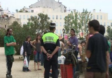 El segon mercat d'intercanvi se celebra tot i la presència policial