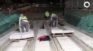 El trànsit a la rotonda entre els carrers de Vallseca i Josep Irla es reobrirà demà