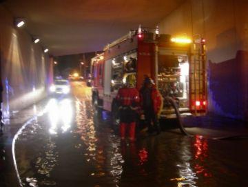 Els aiguats causen problemes sota alguns ponts de Sant Cugat