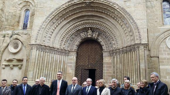 La portalada de l'església de Santa Maria d'Agramunt llueix restaurada pel CRBM