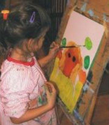 Pou d'Art segueix amb els tallers de plàstica, còmic, dibuix i fotografia durant l'estiu