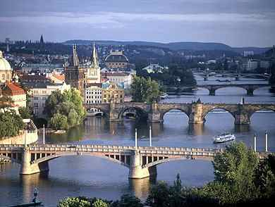 Ciutats europees, destí principal dels santcugatencs pel pont de l'1 de maig