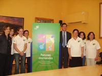 Els nous agents cívics amb Recoder i la tinent d'alcalde, Mercè Conesa