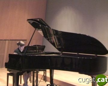 Sis joves músics pugen per primer cop a l'escenari amb una actuació a l'Escola de Música Victòria dels Àngels