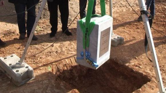 Col·loquen la primera pedra dels pisos de Promusa a Francesc Macià