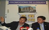 L'alcalde Recoder i el tinent d'alcalde de Ciutat Sostenible, Jan Carbó, en la presentació dels pisos de lloguer de Promusa