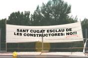 Els veïns han penjat una seixatena de pancartes de protesta aquest cap de setmana