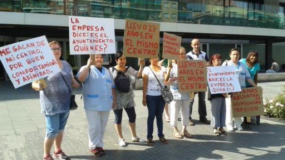 Les treballadores de Clece denuncien reubicacions de feina sense informació
