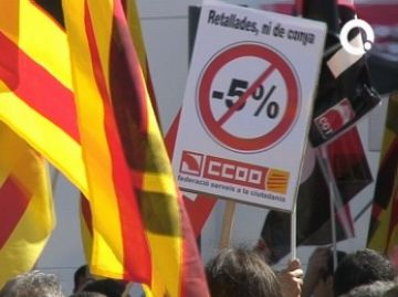 Ajuntament i sindicats acorden la retallada de sous dels treballadors municipals