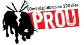 La plataforma Prou! recull firmes a Sant Cugat per l'abolició de les curses de braus