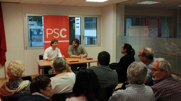 El PSC debat amb els afiliats i el diputat Pedret sobre el posicionament del partit amb relació al referèndum