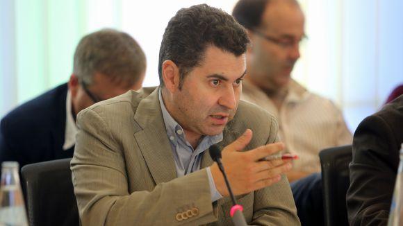 Villaseñor guanya pes a la direcció de MES després de la renúncia de 10 membres