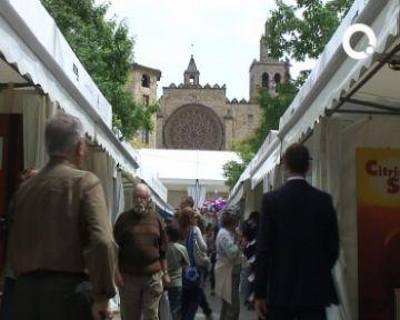 Els visitants omplen els carrers del Sant Cugat Actiu en el segon dia de mostra