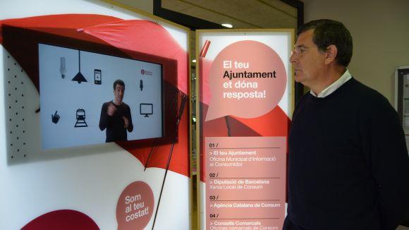 El president de l'EMD, Josep Puig, a l'exposició / Foto: EMD