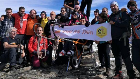 Rodamunt torna a pujar una persona en cadira de rodes al Puigmal