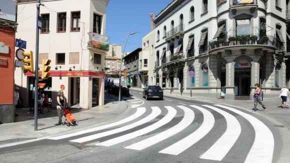 Finalitzen les obres de millora al clavegueram de la plaça dels Quatre Cantons, Rius i Taulet i Enric Granados