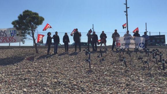 Representants de CGT a HP de Sant Cugat es mobilitzen contra 'el degoteig d'acomiadaments'