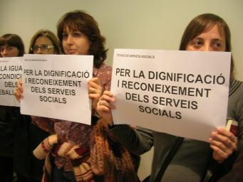 Es triplica el complement de perillositat dels treballadors dels serveis socials municipals