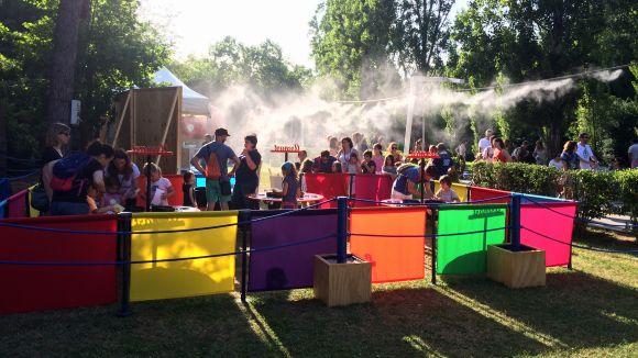 Els més menuts gaudeixen d'activitats i espectacles de tots els colors al Racó Infantil