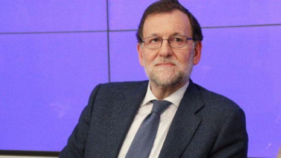 El govern espanyol avisa als ajuntaments que no poden participar en el referèndum de l'1-O