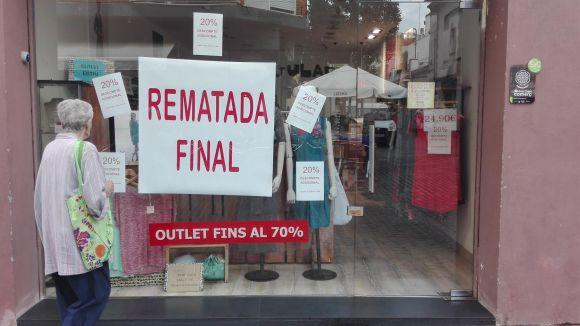 Comerciants i consumidors contents amb els resultats de les rebaixes d'estiu