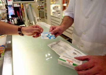 Les farmacèutiques alerten que el sector està en perill, però de moment descarten acomiadaments a la ciutat