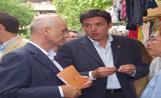 El candidat de CiU a l'alcaldia de la ciutat, Lluís Recoder, ha passejat per Sant Cugat amb Duran i Lleida