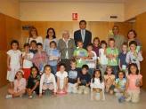 L'alcalde ha recordat als nens i nenes la importància dels llibres i de la lectura