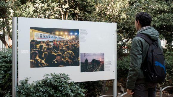 L'exposició fotogràfica 'Refugiats, l'odissea cap a Europa' arriba a Sant Cugat