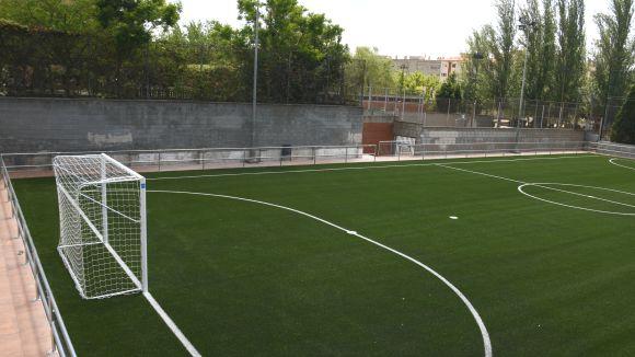 La pista de Sant Francesc estrena nova gespa artificial i es reobrirà la setmana que ve