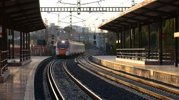 Per l'estació de Renfe de Sant Cugat hi passa la línia R8 / Foto: Localpres