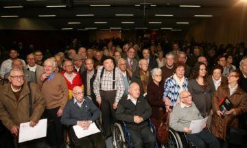 85 santcugatencs, homenatjats per haver patit represàlies franquistes