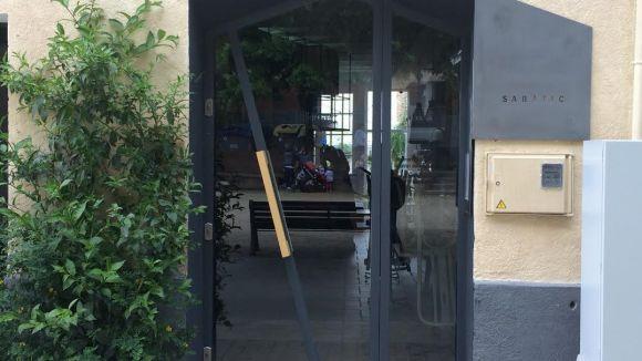 El restaurant Sabàtic obre a la plaça de Pep Ventura amb una proposta de fusió