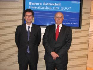Banc Sabadell impulsa un servei de personalització del dissenys de les targetes de crèdit