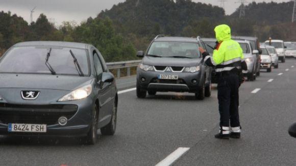 Uns 465.000 vehicles abandonen l'àrea metropolitana en l'operació sortida