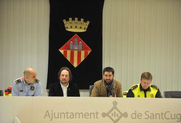 L'Ajuntament cerca fórmules per acabar amb el 'botellón'