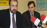 El parlamentari català d'ERC, Joan Ridao, acompayat del president d'esquerra a Sant Cugat, Eduard Pomar