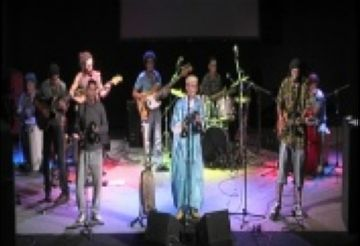 Rif Gnawa omple el Teatre la Unió de música africana i fusió de cultures