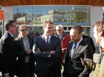 Ciutadans proposa modificar i construir més transport públic