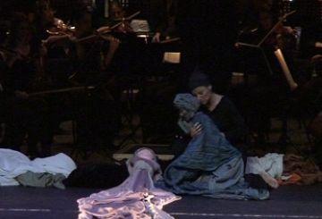 'Romeu i Julieta' arrossega els espectadors a una experiència sensorial única