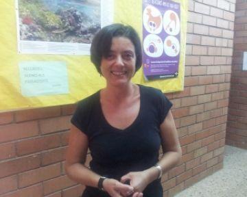 L'especialista en orangutans Rosa Garriga explica la seva experiència a l'institut Leonardo