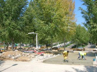 Les obres a l'avinguda Torre Blanca limiten la circulació a un sol sentit