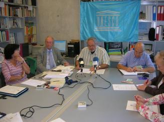 Els Amics de la Unesco posen sobre la taula els 'Tsunamis naturals i polítics'
