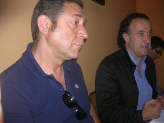 Baulies (dreta), durant la presentació del curs